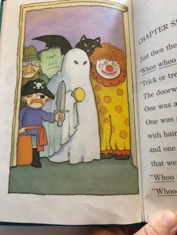 SpookyHalloweenRightParty