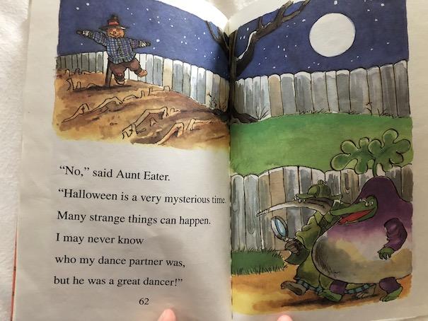 AuntEatersHalloweenScarecrow
